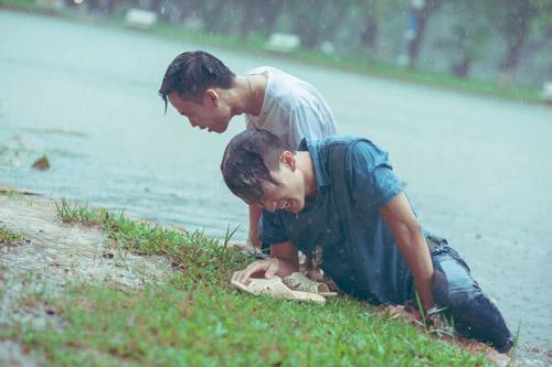"""SV Nông nghiệp """"quay về tuổi thơ"""" giữa ngày mưa bão - 9"""