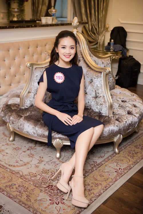 """9 người đẹp nói tiếng Anh cực """"đỉnh"""" của Hoa hậu VN - 3"""