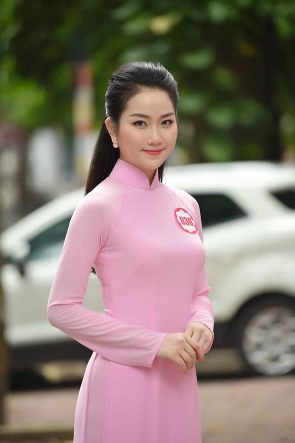 """9 người đẹp nói tiếng Anh cực """"đỉnh"""" của Hoa hậu VN - 6"""