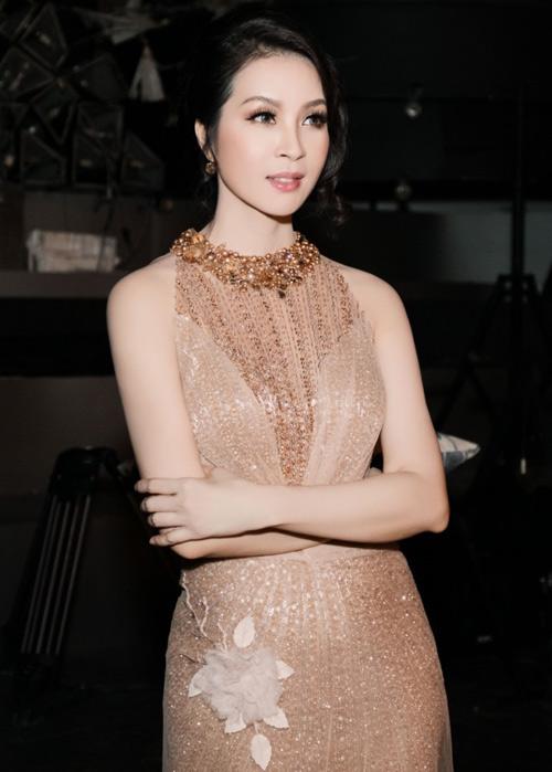 Ngọc Anh, Thanh Mai, Phi Nhung đã đẹp lên như thế đấy - 6