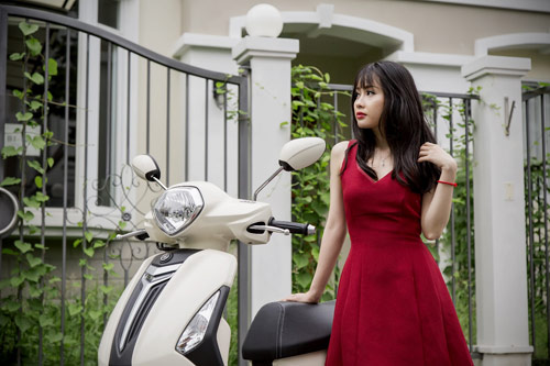Yamaha Grande mới đẹp rạng ngời bên quý cô thanh lịch - 2