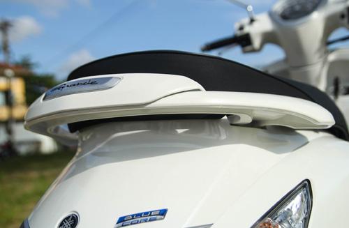 Yamaha Grande mới đẹp rạng ngời bên quý cô thanh lịch - 8