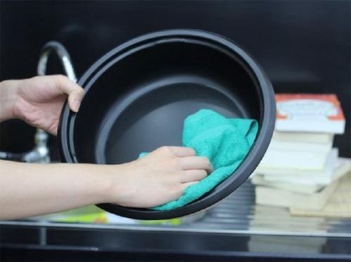 5 cách sử dụng xoong nồi khi nấu nướng để không hại sức khỏe - 4