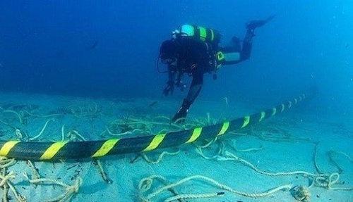Hàn xong cáp quang biển AAG sau 20 ngày bị đứt - 1
