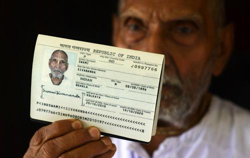 Phát hiện cụ ông 120 tuổi, vượt kỷ lục Guinness ở Ấn Độ - 2