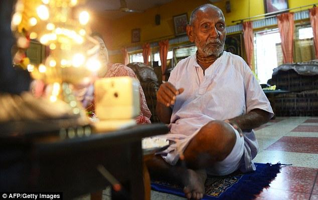 Phát hiện cụ ông 120 tuổi, vượt kỷ lục Guinness ở Ấn Độ - 3