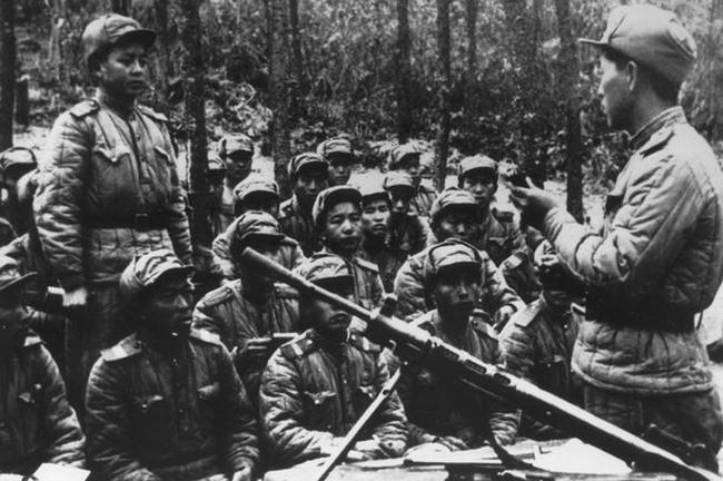 """Ly kì đội quân """"dưới mồ"""" của Triều Tiên đi ám sát TT Hàn - 1"""