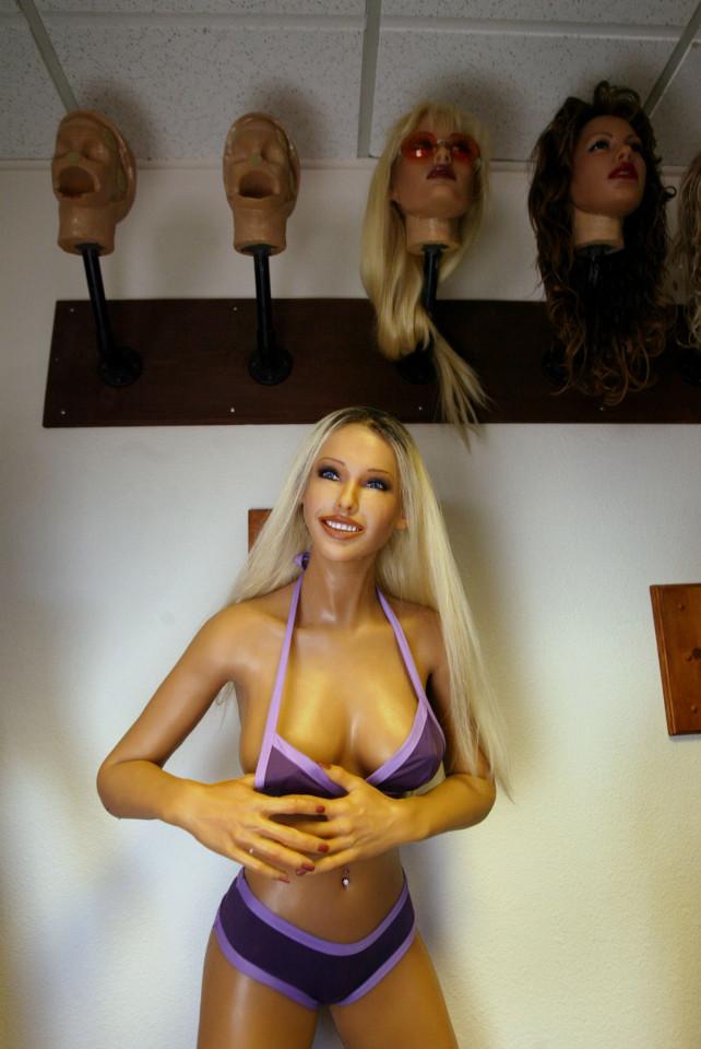 Búp bê tình dục sẽ thay thế gái mại dâm - 2