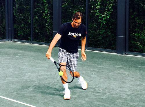 """Federer """"luyện công"""" trở lại: Chờ một cuộc hồi sinh - 1"""