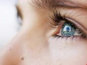 Bút laser làm tổn thương mắt như thế nào?