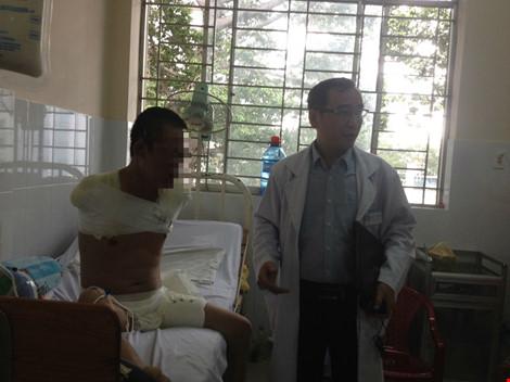 Cắt hai tay và 1 chân cứu bệnh nhân bị phỏng điện - 1