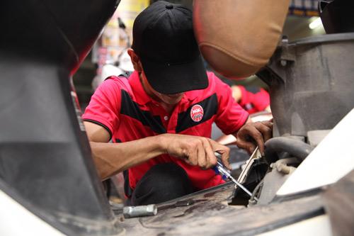 Bảo vệ sức khỏe Bugi cho xe máy cùng NGK Việt Nam - 3