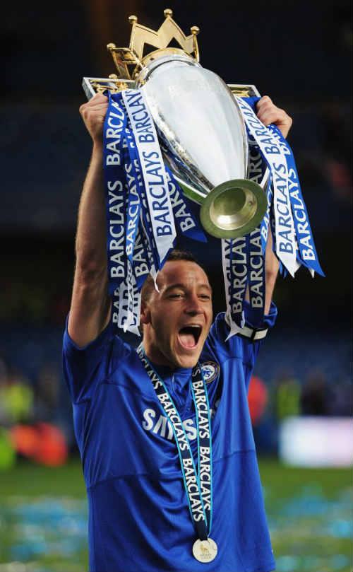 """Cựu sao Chelsea """"xui"""" đội bóng cũ nên dứt tình Terry - 1"""