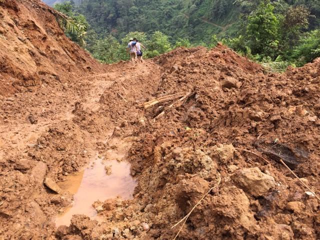 Nhân chứng kể về vụ sập hầm vàng khủng khiếp ở Lào Cai - 1
