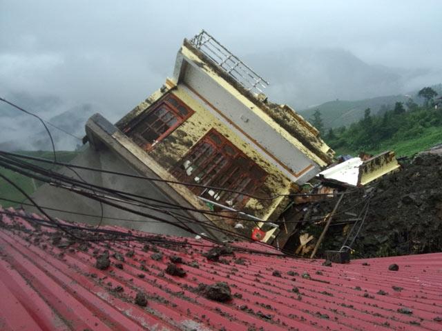 UBND Lào Cai: 7 người chết do sập mỏ vàng - 1