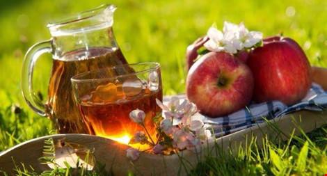 5 loại nước ép trái cây không nên uống khi dùng thuốc - 1
