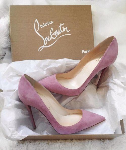15 đôi giày đẹp như mơ khiến mọi cô gái muốn sở hữu - 1