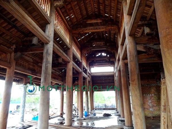 Khác biệt giữa nhà riêng và nhà thờ Tổ của Hoài Linh - 9