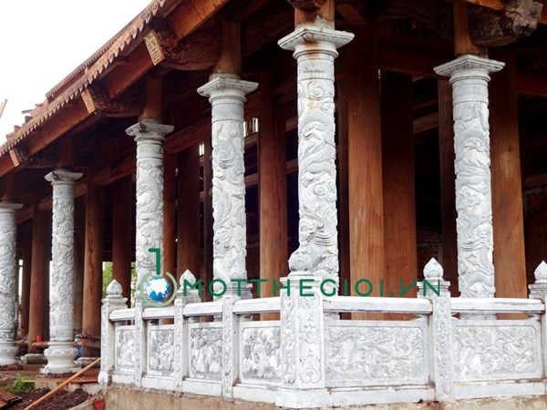 Khác biệt giữa nhà riêng và nhà thờ Tổ của Hoài Linh - 7