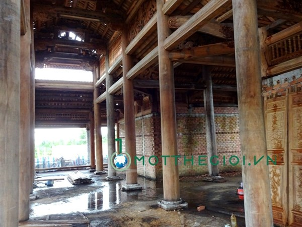 Khác biệt giữa nhà riêng và nhà thờ Tổ của Hoài Linh - 10