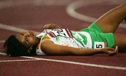 Tin thể thao HOT 24/8: VĐV Olympic suýt chết vì thiếu nước - 1