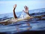 Tin tức trong ngày - Cứu được hai trẻ đuối nước, nữ sinh 15 tuổi tử vong