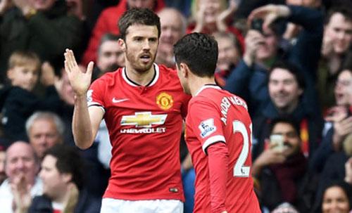 MU có 2 đội hình: Cơn đau đầu dễ chịu của Mourinho - 2