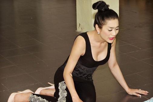 Bỏng mắt ngắm Hương Giang, Lâm Chi Khanh tập gym - 8