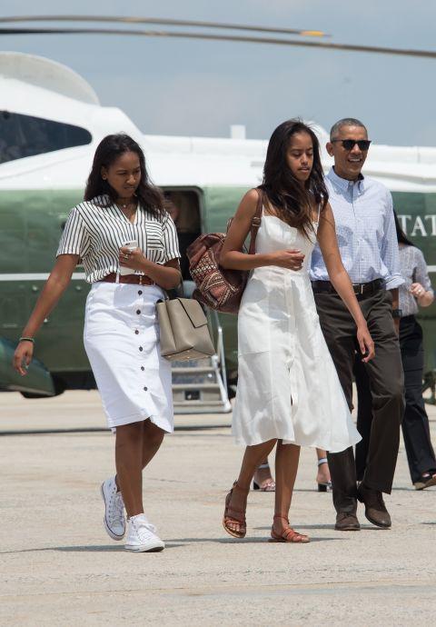 Soi gu thời trang phái đẹp nhà Obama - 10