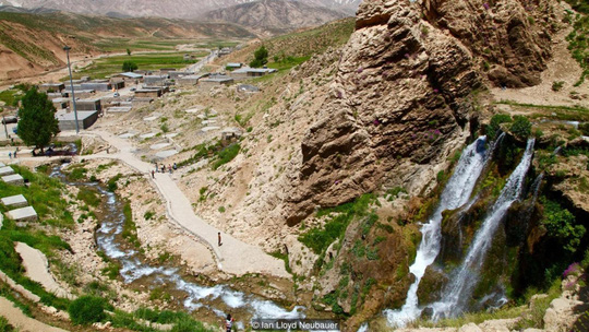 Kỳ diệu sông băng trong sa mạc Iran - 3