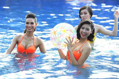 """Hoa hậu VN: Vóc dáng sexy của """"bản sao Tăng Thanh Hà"""" - 7"""