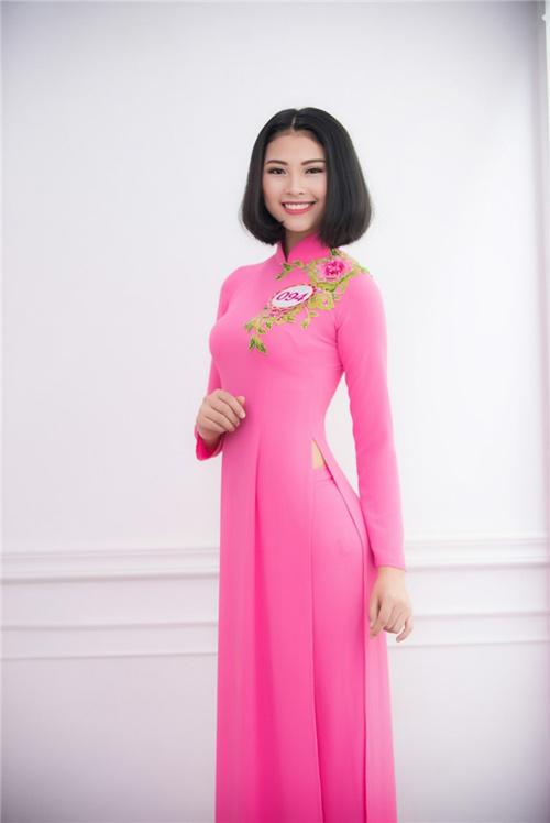"""Hoa hậu VN: Vóc dáng sexy của """"bản sao Tăng Thanh Hà"""" - 3"""