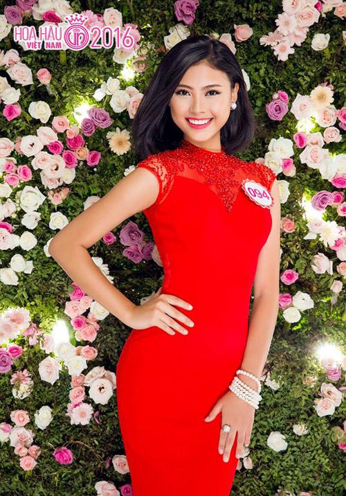 """Hoa hậu VN: Vóc dáng sexy của """"bản sao Tăng Thanh Hà"""" - 14"""