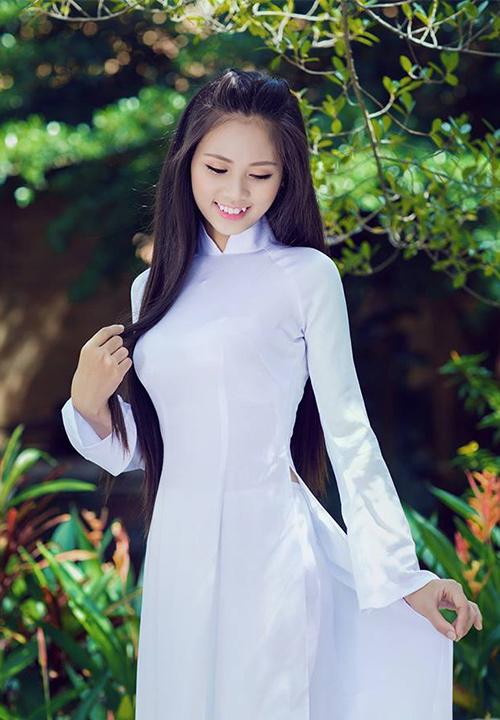 Gặp nữ sinh răng khểnh duyên nhất Hoa hậu Việt Nam - 3