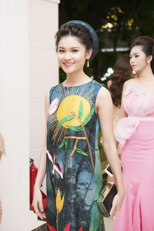 Nhan sắc kiều diễm của thí sinh Hoa hậu VN ở dạ tiệc - 5