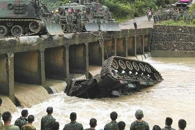 Đài Loan tập trận lớn nhất lịch sử đề phòng TQ tấn công - 2