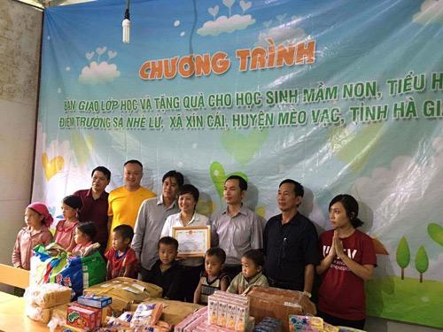 Bàn giao lớp học từ thiện cho học sinh nghèo Tỉnh Hà Giang - 3