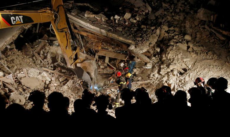 247 người chết vì động đất kinh hoàng ở Ý - 1