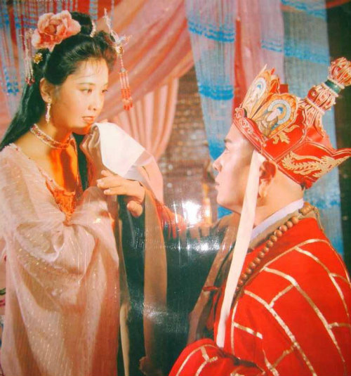 """Nhan sắc 30 năm không đổi của """"nữ vương Tây Lương"""" - 6"""
