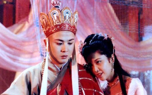 """Nhan sắc 30 năm không đổi của """"nữ vương Tây Lương"""" - 3"""