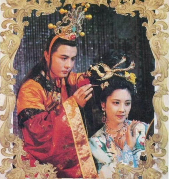 """Nhan sắc 30 năm không đổi của """"nữ vương Tây Lương"""" - 9"""