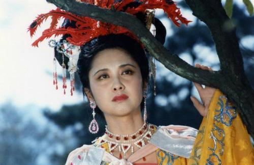 """Nhan sắc 30 năm không đổi của """"nữ vương Tây Lương"""" - 13"""