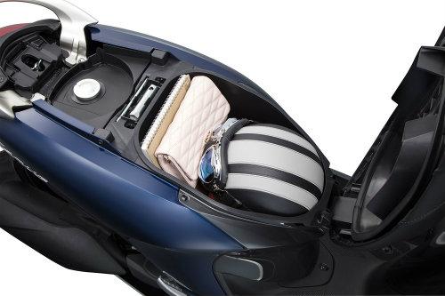 """Yamaha Janus giá 27,49 triệu đồng """"dọa nạt"""" Honda Vision - 4"""