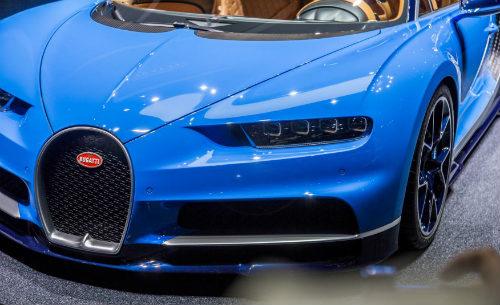 """Bugatti Chiron giá """"cắt cổ"""" vẫn không làm """"khó"""" được các đại gia - 4"""