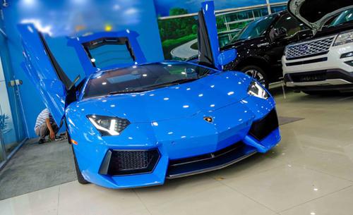 """""""Choáng"""" Lamborghini Aventador màu xanh cực độc mới về Việt Nam - 3"""