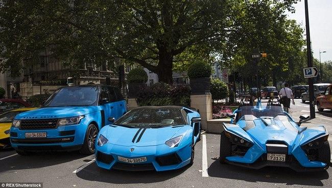 """Tỉ phú Ả Rập trưng dàn siêu xe màu """"độc"""" ở London - 1"""