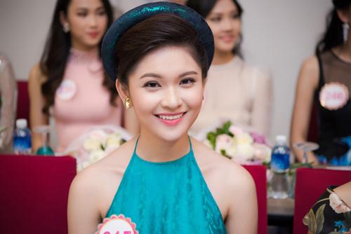 """4 đại diện """"chủ nhà"""" xinh ngất ngây của Hoa hậu VN - 3"""