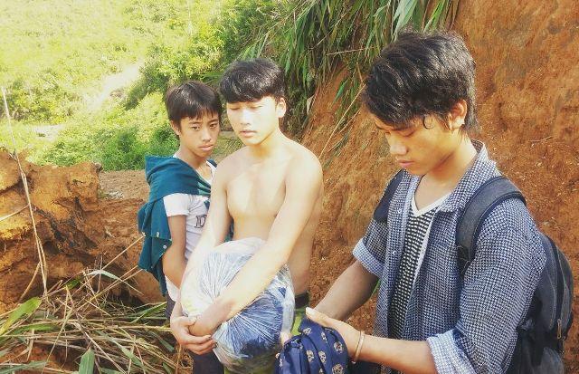 """Sập hầm vàng ở Lào Cai: Chính quyền thừa nhận có """"thổ phỉ"""" - 3"""