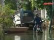 Một tuần sau bão số 3, người HN phải bỏ nhà vì ngập