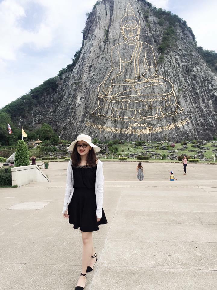 Thí sinh Hoa hậu VN hễ ra khỏi nhà là mặc xinh tươi - 10